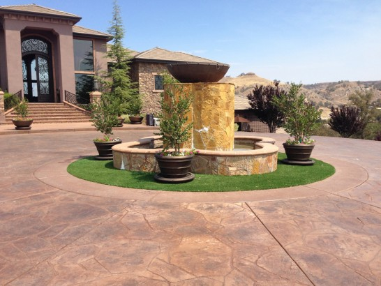 Artificial Grass Photos: Best Artificial Grass Bystrom, California, Landscaping Ideas For Front Yard