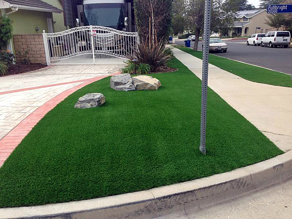 Synthetic Lawn Elverta California Roof Top Front Yard Design